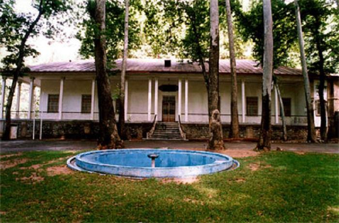 موزه استاد فرشچیان کاخ سعدآباد