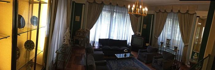 اتاق انتظار مهمان کاخ نیاوران
