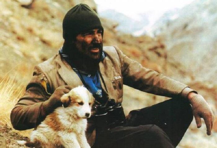 محسن تنابنده در فیلم دانه های ریز برف