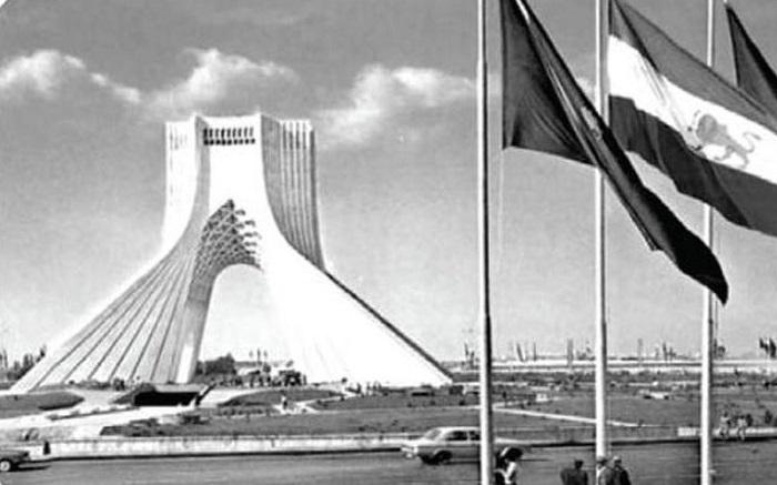 برج آزادی پیش از انقلاب