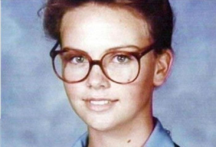 شارلیز ترون در نوجوانی