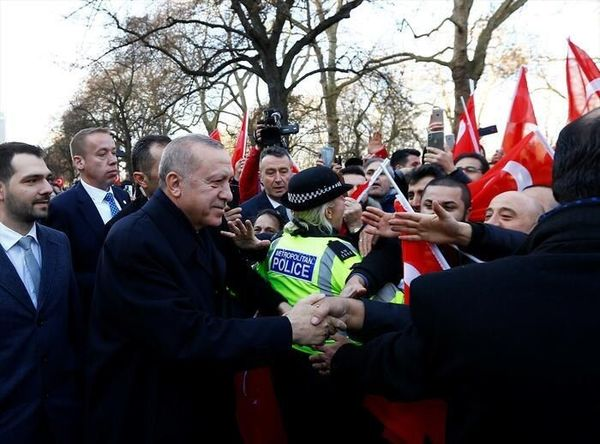 استقبال شهروندان ترک تبار ساکن بریتانیا از اردوغان در شهر لندن
