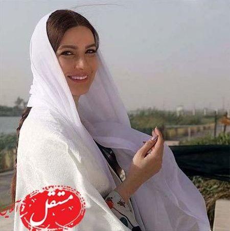 لباس یکدست سفید متین ستوده در شمال ایران + عکس