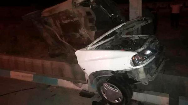 پراید در تصادف با تیر برق نصف شد! / دو زن کشته شدند+عکس