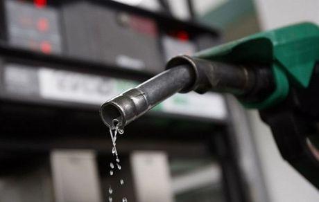 بعد از هر سوخت گیری، چهار لیتر از سهمیه بنزینتان کم میشود