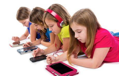 بازی های رایانه ای کودکان را مدیریت کنید