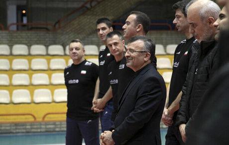 داورزنی میهمان آخرین تمرین تیم ملی والیبال مردان و زنان