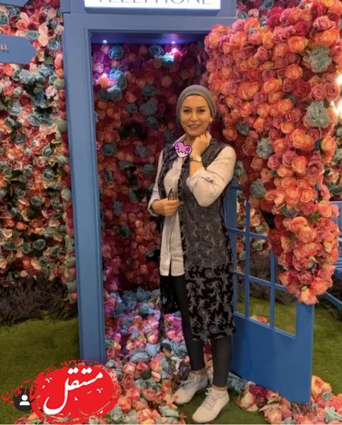فریبا نادری در لوکیشنی گل گلی + عکس