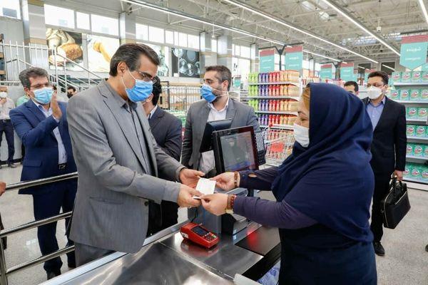 بازدید مدیرعامل شرکت شهروند از روند آمادهسازی فروشگاه شهروند سهروردی