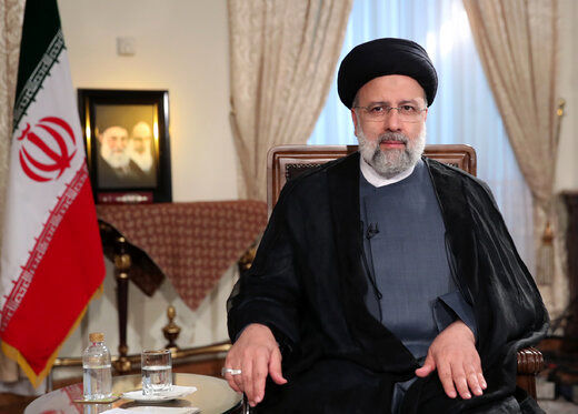 ملاک رئیس جمهور برای مقدس شمردن جمهوری اسلامی با این همه ظلم واختلاس چیست؟