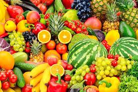 هرگز این میوهها را  ناشتا نخورید