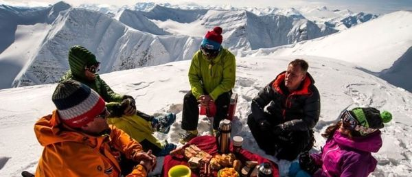 غذاهای مناسب هنگام سفر به کوه