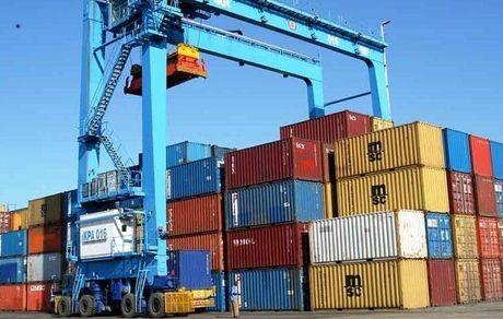 برای توسعه تجارت با کشورهای همسایه برنامه ریزی شود