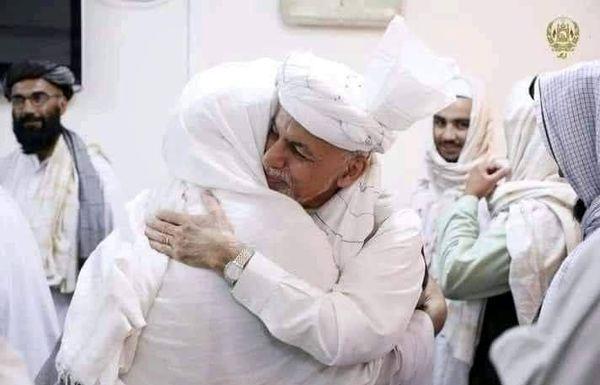 استقبال اشرف غنی از طالبان