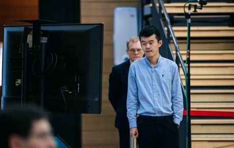 مرد شماره ٣ شطرنج جهان در خطر خروج از ریتینگ ٢٨٠٠