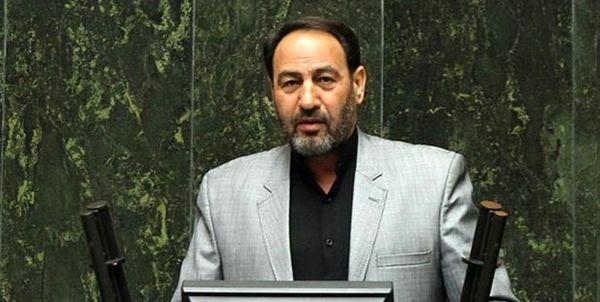 آقای روحانی، این مردم بودند که در مقابل صدام، آمریکا و تمامی جبهههای مقابل به امثال شما عزت دادند