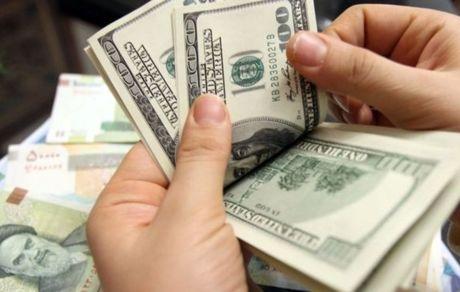یک فاجعه اقتصادی معیشتی در حال رخ دادن است/ در آینده صد درصد شوک ارزی خواهیم داشت/ منافع عده ای با تحریم گره خورده است