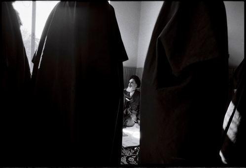 آیت الله خمینی در مدرسه رفاه
