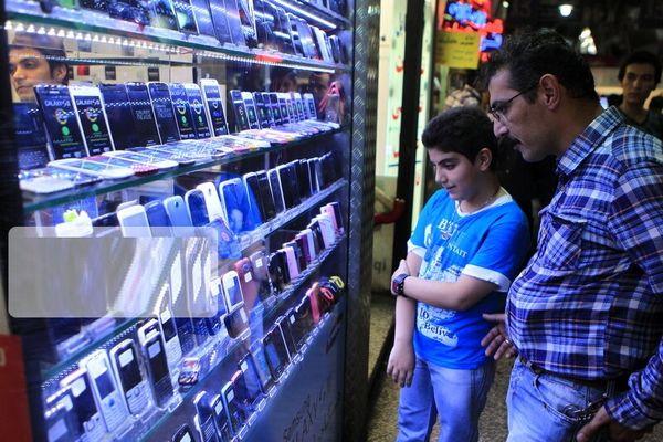 حباب قیمتهای نجومی تلفنهای همراه ترکید