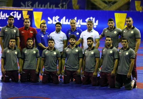 بازگشت جداگانه ٤ مربی تیم کشتی جوانان به ایران