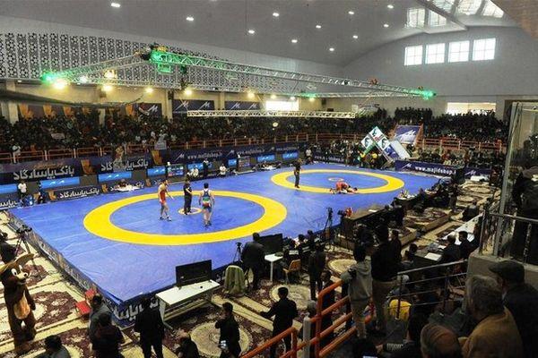 تیم خوزستان قهرمان رقابتهای کشتی فرنگی ایران شد