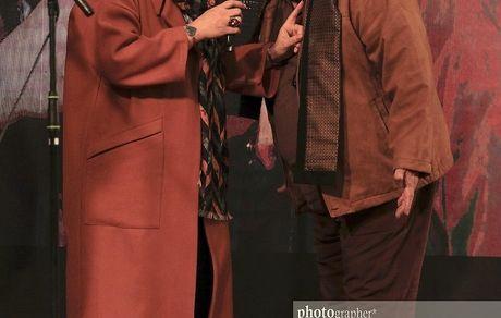 اکبر عبدی و همسرش در مراسم + عکس