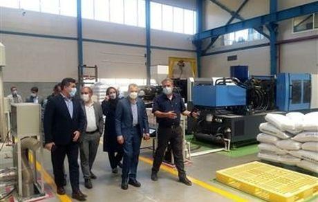 بازدید عضو هیأت مدیره بانک صنعت و معدن از چندین واحد صنعتی در استان سمنان
