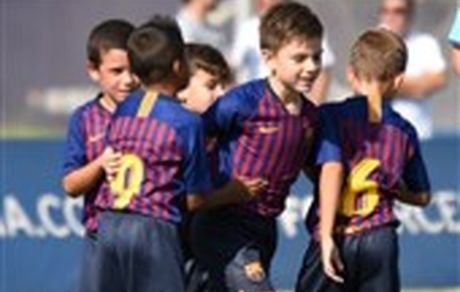 خودداری تیم نونهالان بارسلونا از بازی با پیراهن اسپانیا