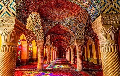 معرفی مسجد نصیرالملک شیراز، جواهری هفترنگ بر تارک معماری اسلامی و ایرانی