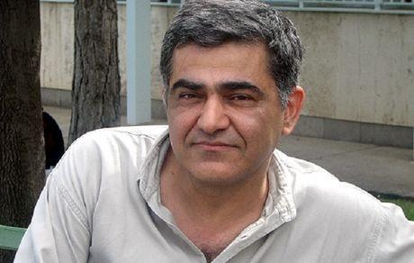 نکاهی به زندگی و کارنامه ادبی جعفر مدرس صادقی
