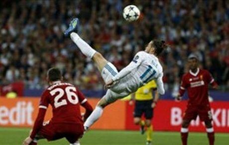 ستاره رئال مادرید و گلزنی به لیورپول از خانه! +عکس
