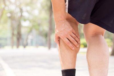 با این تکنیک و روش از شر گرفتگی عضلات پا خلاص شوید