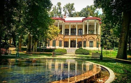 هر آنچه لازم است درباره کاخ نیاوران بدانید؛ تلفیقی چشمنواز از طبیعت، معماری و هنر در دل تهران