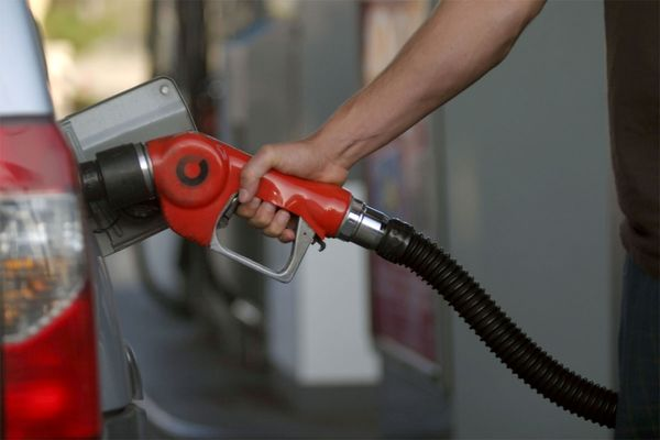 سهمیه بنزین نوروزی 1400 اعلام شد + جزئیات