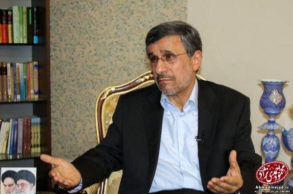 احمدینژاد: مسئولین خودشان واکسن زدهاند خیالشان راحت است