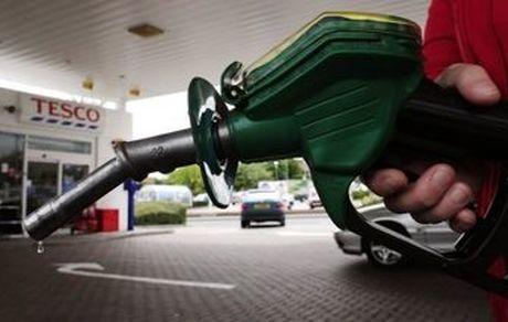 بنزین ذخیره شده در کارت سوخت مرداد ماه می سوزد ؟