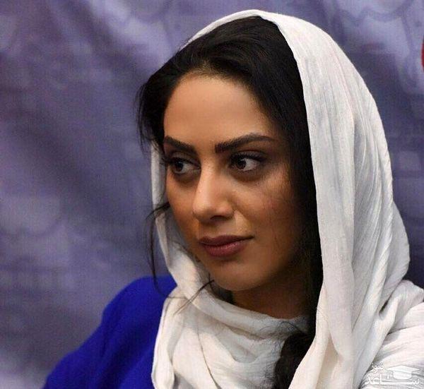 مونا فرجاد بر روی لهجهها زوم کرده است