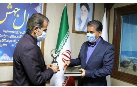 اهدای لوح و تندیس صنعت سبز کشور به پگاه فارس