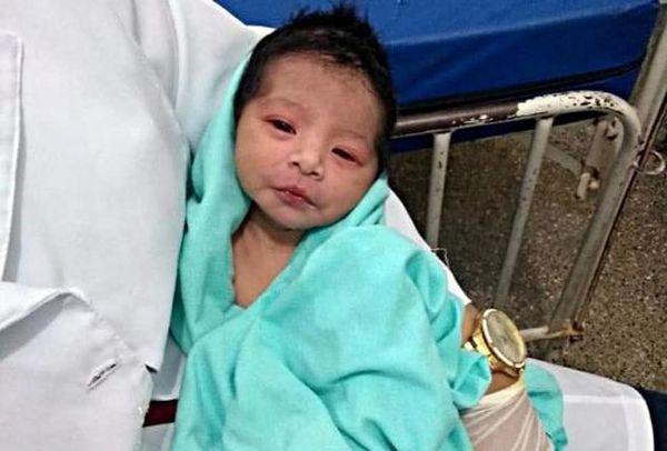 زنده شدن نوزاد زنده به گور شده!