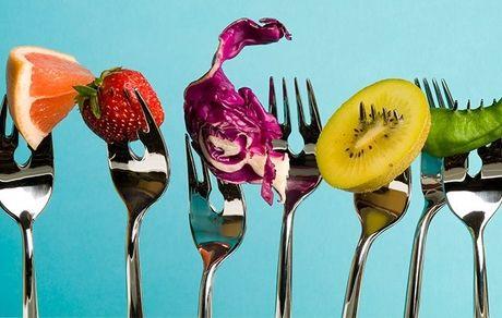 بهترین زمان خوردن میوه چه ساعتی است؟