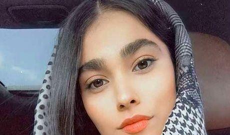 کار زشت آدرینا صادقی در سریال احضار (عکس)