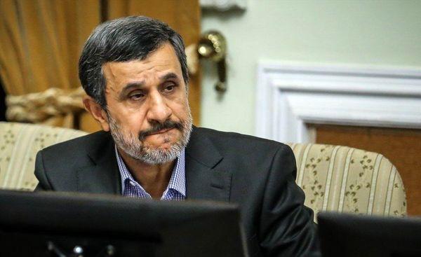 احمدینژاد خود را نماینده معترضین میداند
