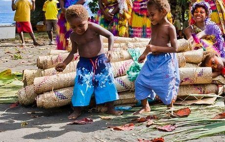 چرا وانواتو کشور شادی است؟