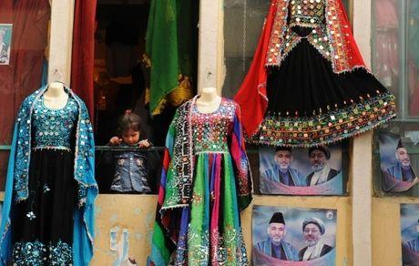 حمایت زنان افغانستان از کارزار: به لباسم دست نزن