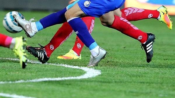 حمله به بازیکن معترض با اسپری فلفلی در فوتبال ایران ! +عکس