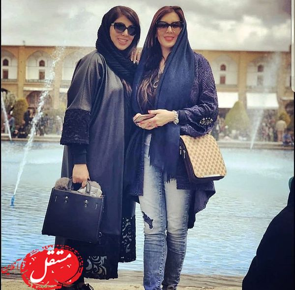 اصفهان گردی لیلا بلوکات و خواهرش + عکس