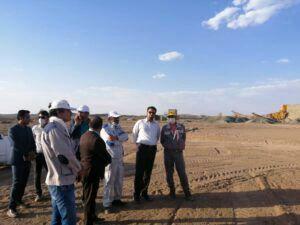 بازدید فرماندار نهبندان از معدن و کارخانه طلای هیرد