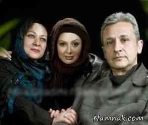 نیوشا ضیغمی در کنار پدر و مادرش