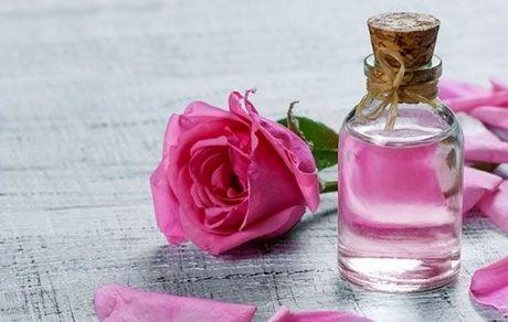 تاثیر استفاده از گلاب در درمان کرونا صحت ندارد