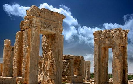 مروری بر تاریخچه تخت جمشید، نماد هویت باستانی ایرانزمین